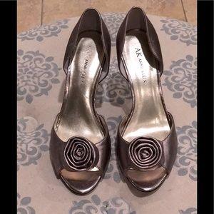 ANNE KLEIN Women's shoes